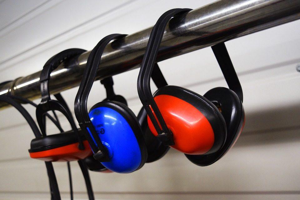 earmuffs-2755553_960_720