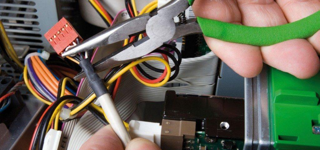 manutenzione-dellimpianto-elettrico-1024x576