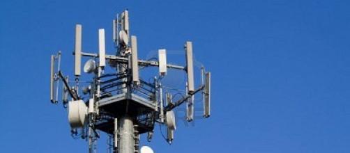 le-antenne-dei-cellulari-causano-tumori-uno-studio-italiano-lo-conferma_1899877